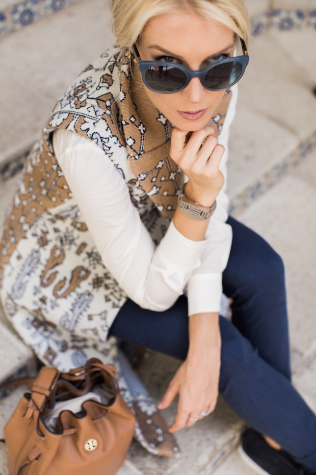 Tory Burch Holiday Sale 50% off sale 60% of sale printed longline vest soft sneakers best blue sunglasses retro shades bucket bag The Supper Model